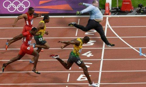Usain Bolt Fotoshopla Bile Zor Geçiliyor
